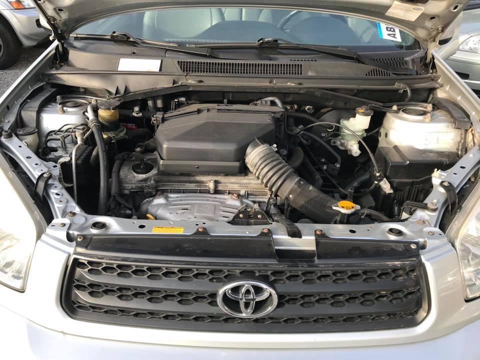 toyota-rav4-moteur