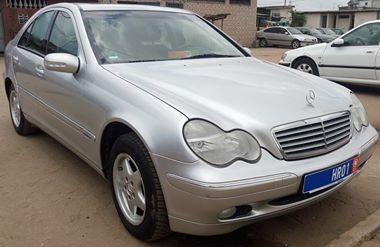 Mercedes avant